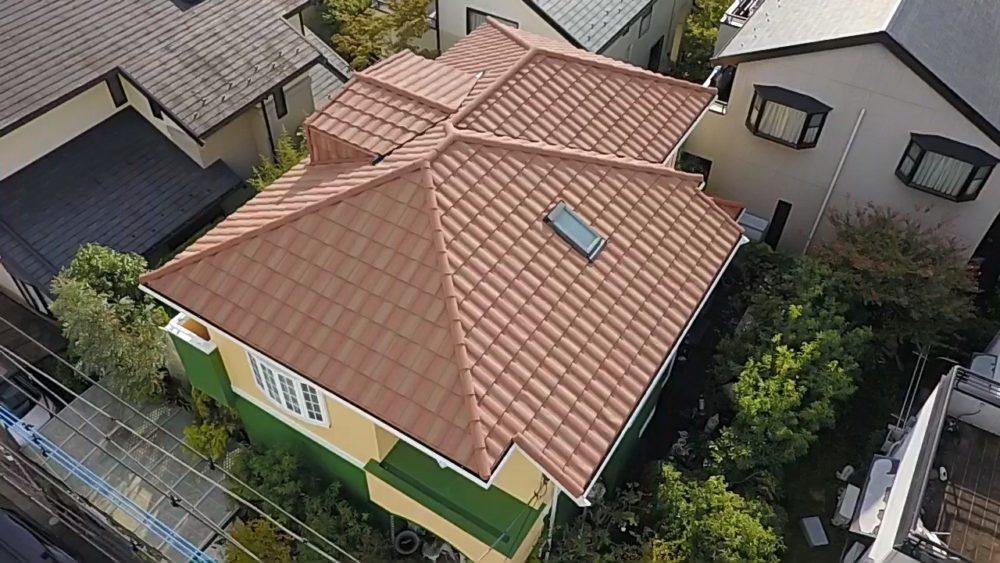 川崎市で築20年の戸建て ローマンタスカニーでおしゃれな屋根リフォーム